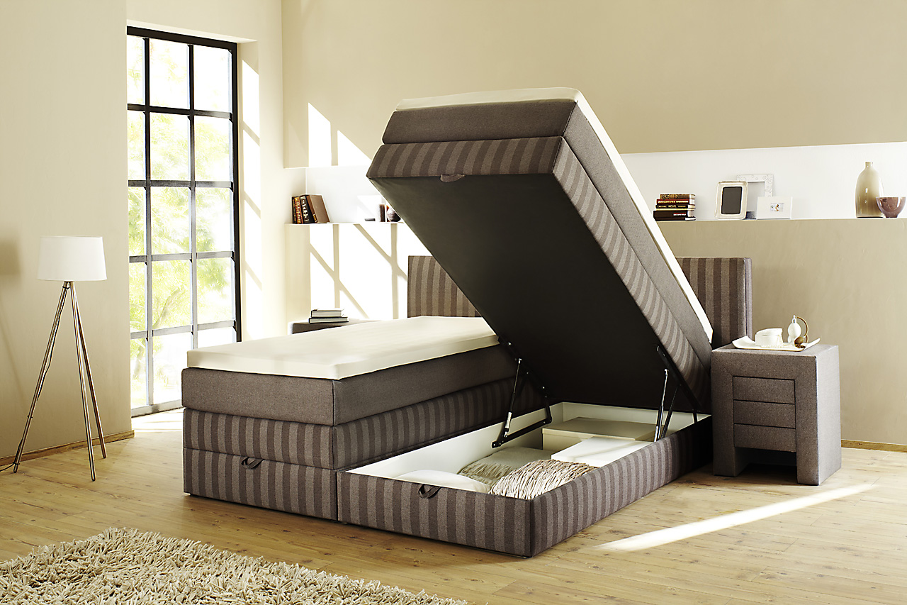 boxspringbett mit bettkasten praktischer stauraum in ihrem bett. Black Bedroom Furniture Sets. Home Design Ideas